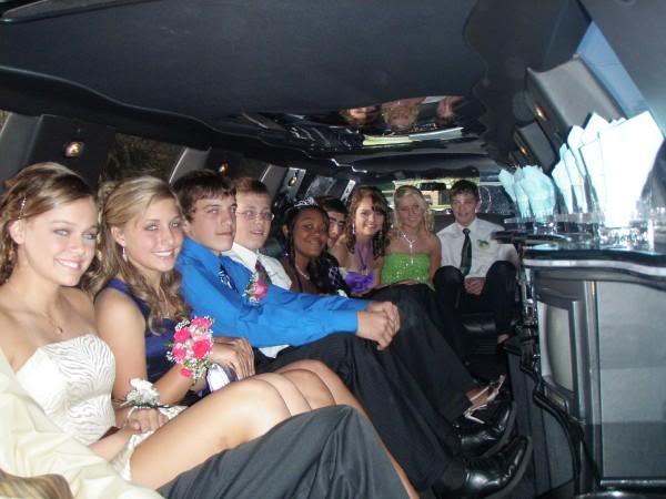 Chicago graduation limousine