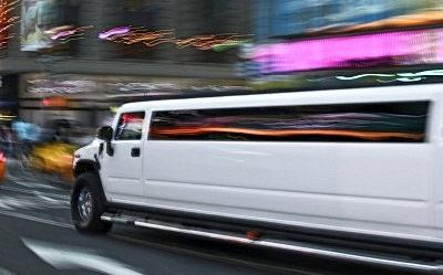 Wilmette hummer limousine